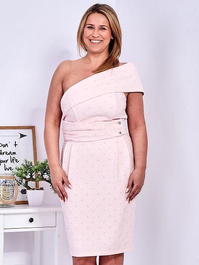 Eleganckie sukienki plus size na specjalne okazje